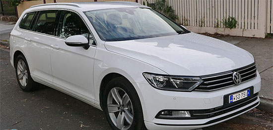فولکس واگن پاسات (Volkswagen Passat)