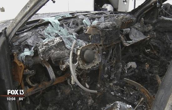 سامسونگ نوت 7 این بار یک جیپ را به آتش کشید