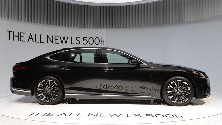لکسس LS 500h مدل 2018