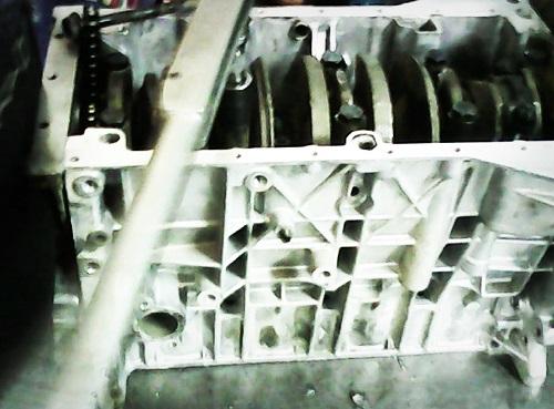 یاتاقان زدن ماشین مکانیک مشخصات پژو 405 قیمت روغن موتور قیمت پژو 405 سایت مکانیک انواع روغن موتور آموزش تعویض روغن آموزش تعمیر خودرو