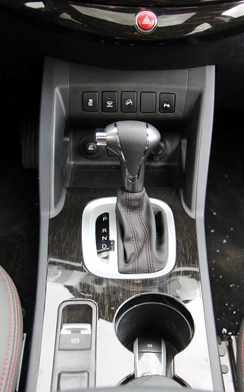 مشخصات جک اس 5 مشخصات جک s5 کرمان موتور قیمت خودروهای چینی قیمت جک اس 5 قیمت جک s5 JAC S5