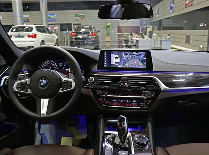 BMW سری 5 جدید برای اولینبار در ایران رونمایی شد