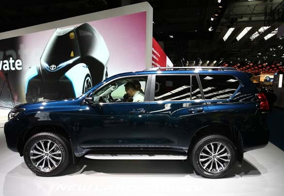 Toyota-Land-Cruiser-Prado-2018